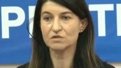 Photo of Ministerul Muncii ANUNȚĂ: Ce se intampla cu salariile romanilor de la 1 ianuarie 2020!