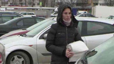 Photo of Ea e tanara care a gasit un portofel cu 19.000 € si l-a dus la politie. Ce a facut proprietara cand si-a primit banii