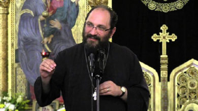 """Photo of Părintele Constantin Necula: """"Să nu trădezi nici icoana din spatele tău, nici femeia din faţa ta""""! Cum să iei o decizie corectă:"""
