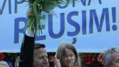 """Photo of Primarul care si-a filmat fiica in timp ce o umilea a castigat alegerile: """"I-am ciuruit"""""""
