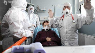 "Photo of Avertismentul unui medic infectionist: ""1 din 2 bolnavi intubaţi la ATI se stinge…"""