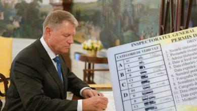 Photo of Klaus Iohannis a semnat decretul. Codul rutier a fost modificat. Ce trebuie făcut urgent cu aceste vehicule