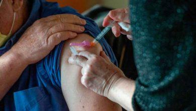 Photo of Doctorul din Boston raporteaza o reactie alergica grava dupa ce a primit vaccinul Covid de la Moderna