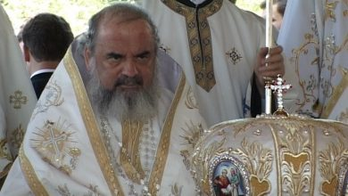 Photo of L-a dat afară chiar înainte de Crăciun! Decizia tranșantă luată de Patriarhul Daniel