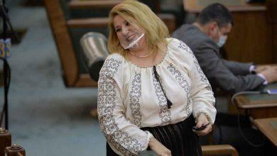 "Photo of Diana Sosoaca despre candidatura la presedintia Romaniei: ""Barbatii din jurul meu m-ar obliga"""