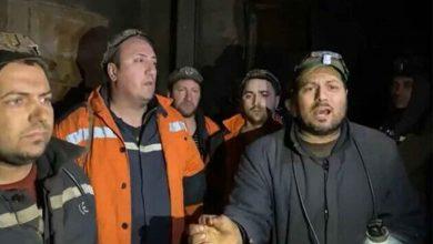"Photo of Minerii blocati in subteran sunt disperati: ""Nu mai putem. Suntem cazuti la pamant"""